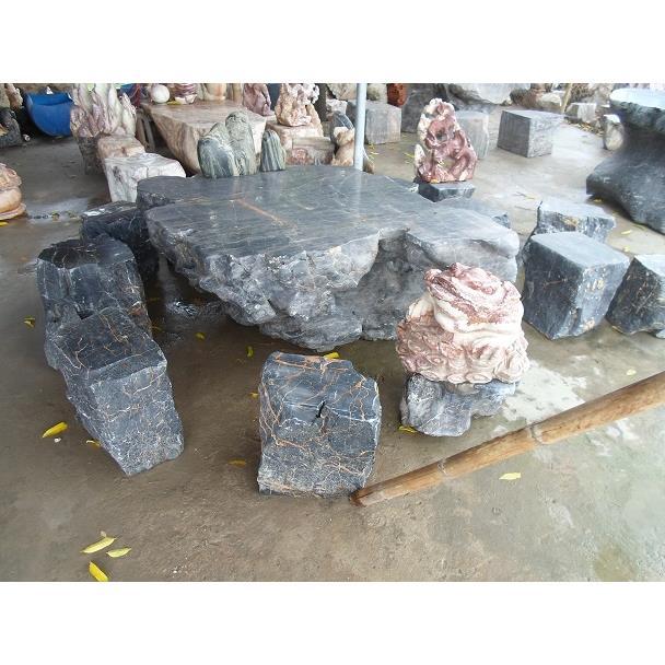 Bàn ghế đá xanh tự nhiên 01