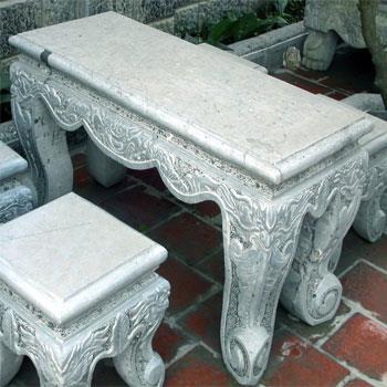 Bộ bàn ghế đá chạm khắc