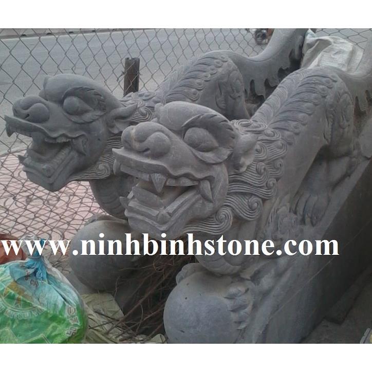 Nghê đá xanh đình chùa