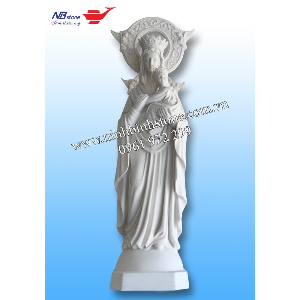 Tượng đức mẹ maria và chúa hài đồng bằng đá