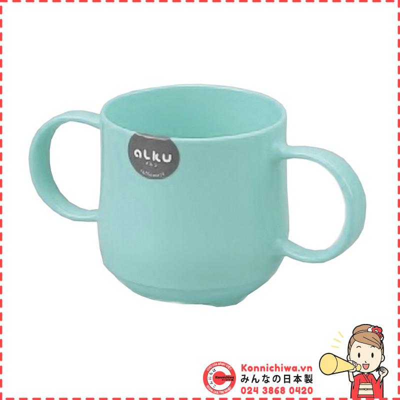 coc-nhua-tap-uong-alku-co-quai-cam-xanh
