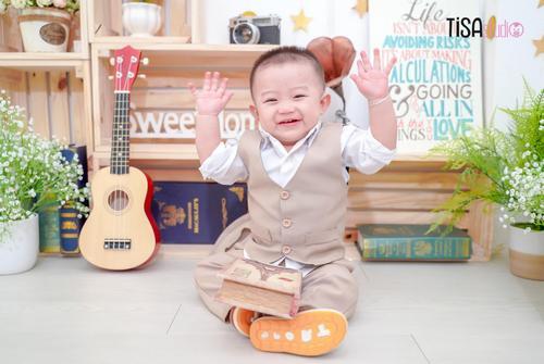 chụp hình cho bé giá rẻ tại TPHCM