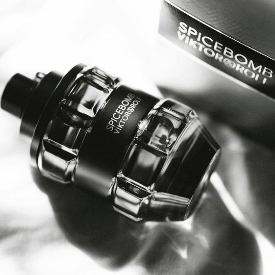 Spicebomb Viktor & Rolf for men