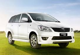 Hanoi Airport Arrival Private Transfer by 7 Seats MPV
