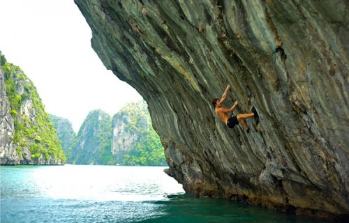 Rock Climbing in Cat Ba Island
