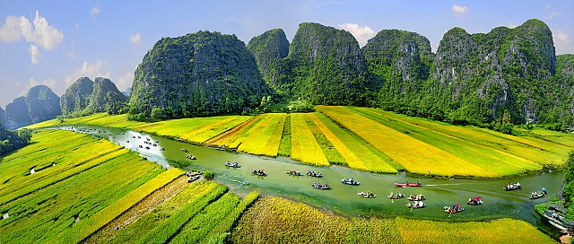 Hanoi - Ninh Binh Private Transfer by 16 Seats Minibus