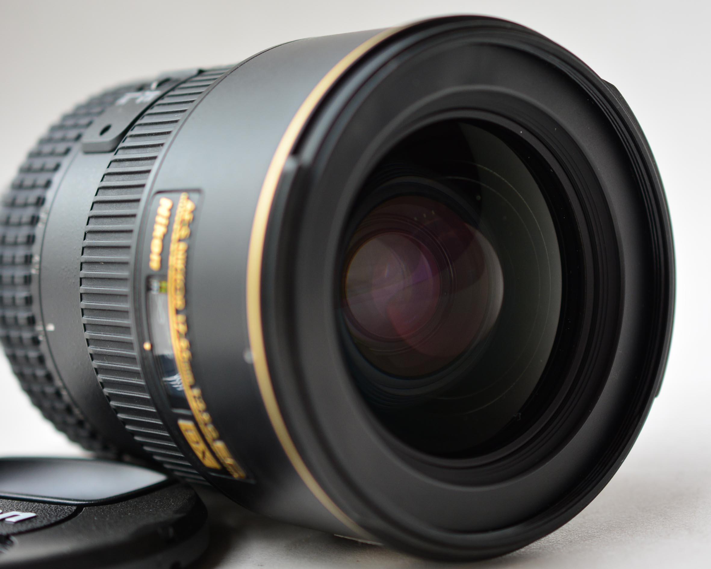 Nikon AF-S 17-55mm f/2.8G ED DX