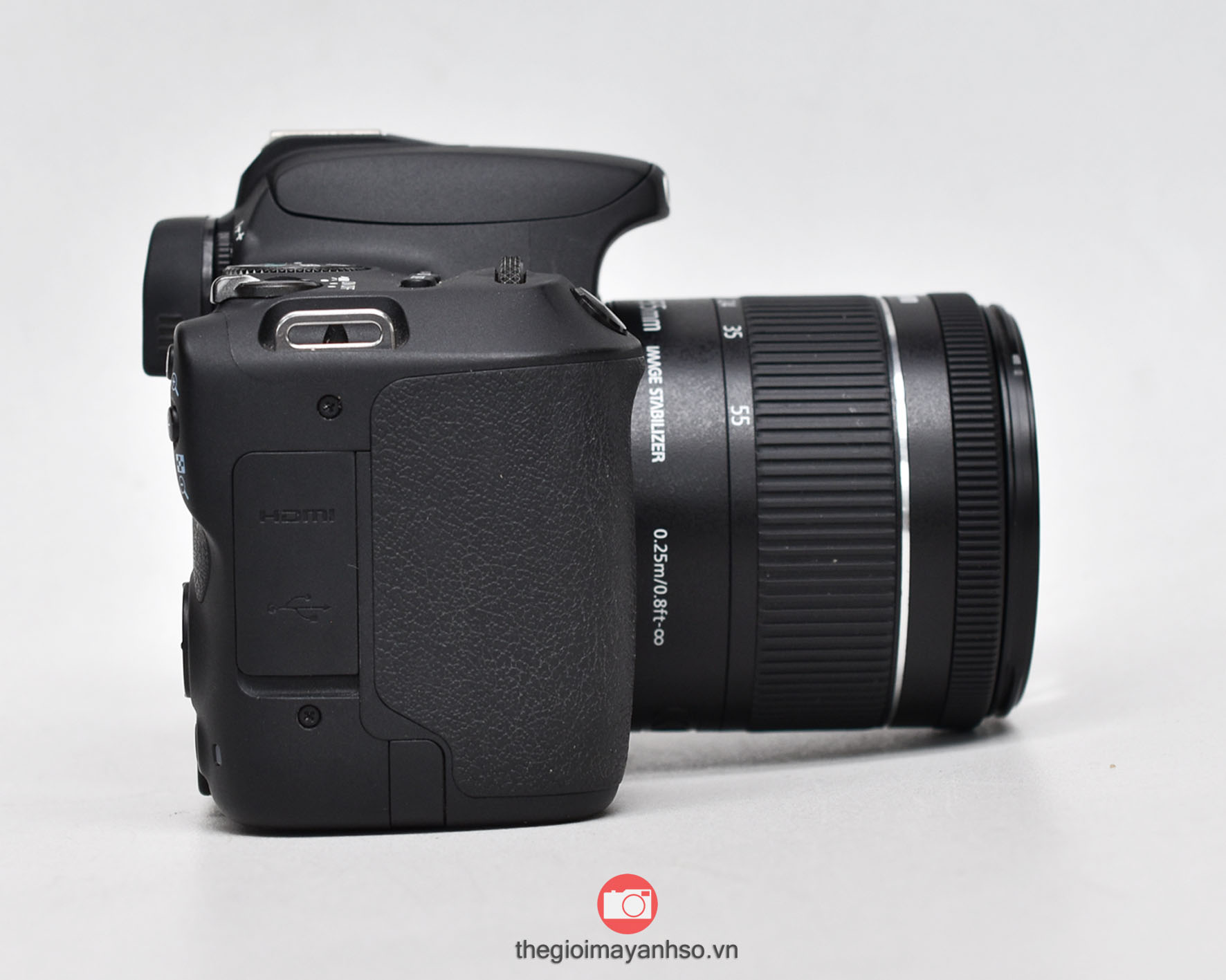 Canon EOS 200D / Kiss X9 kit 18-55mm f4-5.6 STM