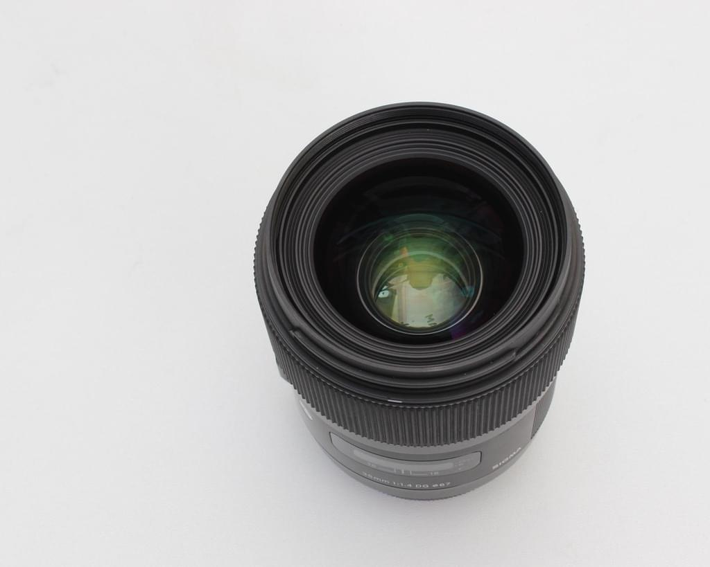 Sigma 35mm f/1.4 DG HSM Art for Canon / Nikon