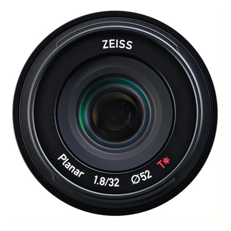 Zeiss Touit 32mm F1.8 for Sony E