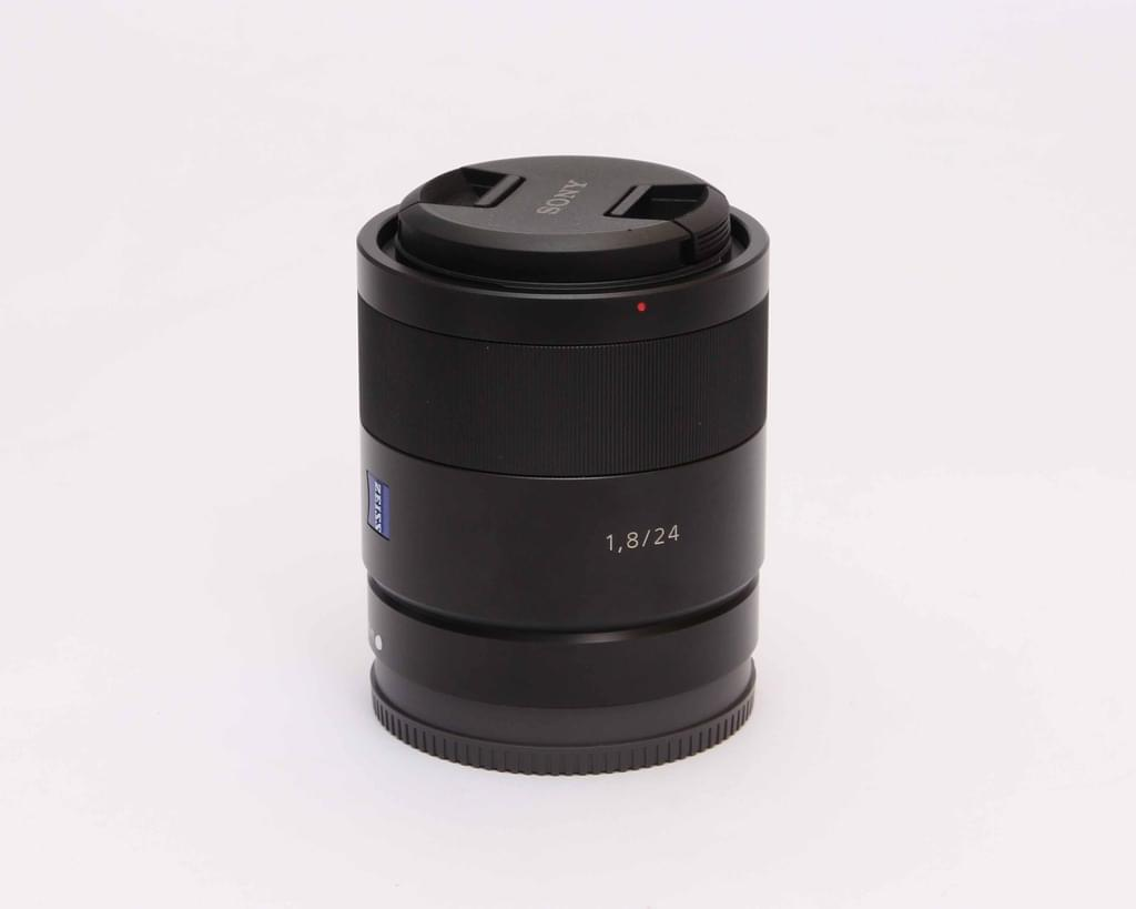 Sony 24mm f/1.8 ZA E-Mount Carl Zeiss Sonnar T*