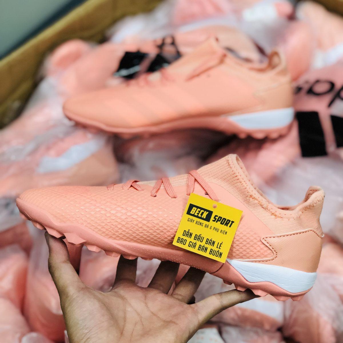 Giày Bóng Đá Adidas Predator 20.3 Hồng TF