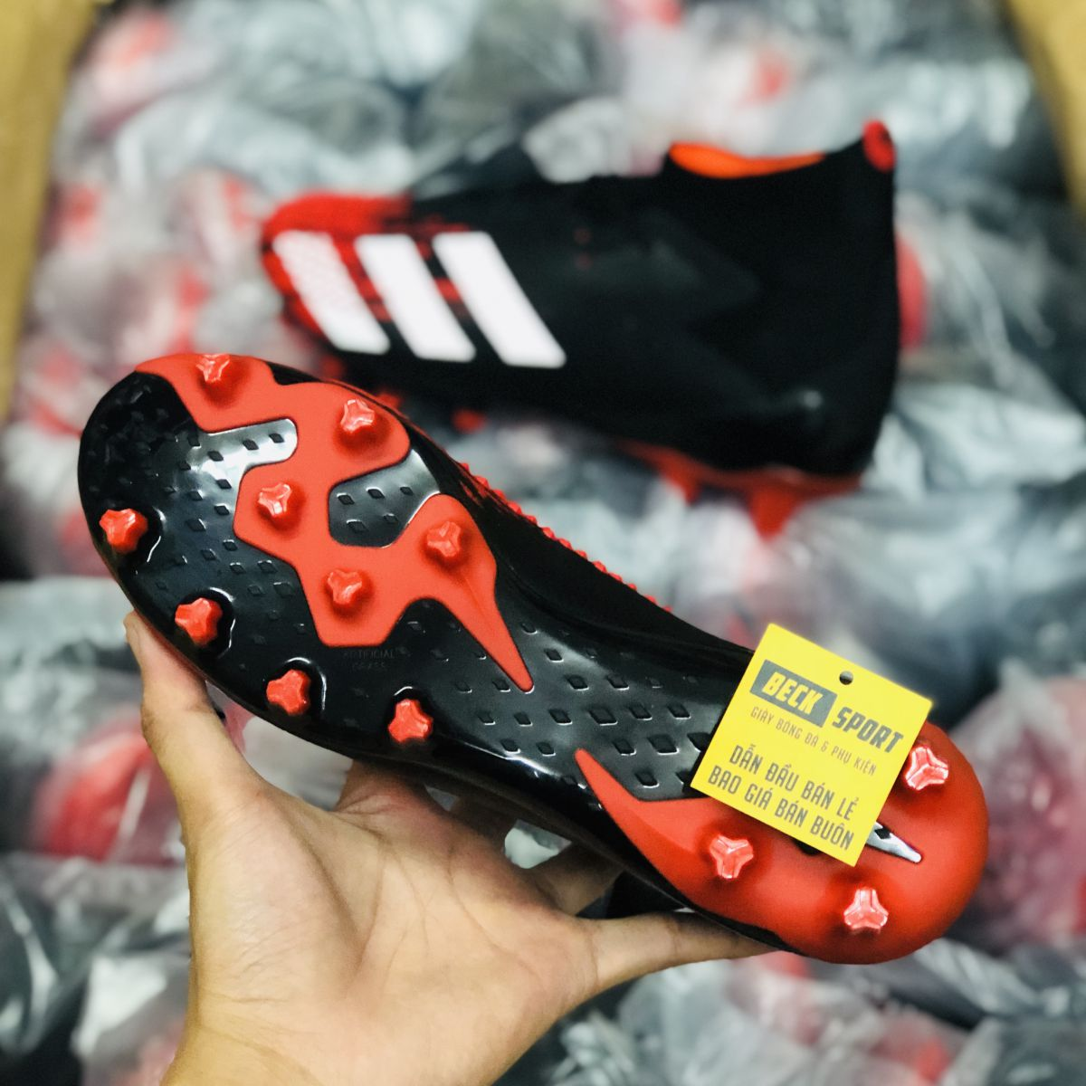 Giày Bóng Đá Adidas Predator 20.1 Mutator Đen Mũi Đỏ Vạch Trắng Cổ Cao AG