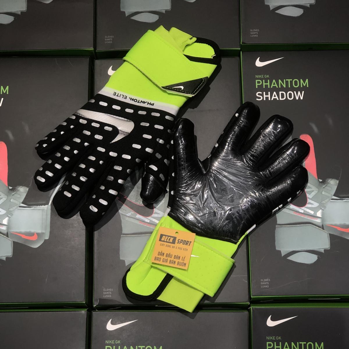 Găng Tay Nike Phantom Elite Đen Cổ Xanh Lá ( Không Xương )