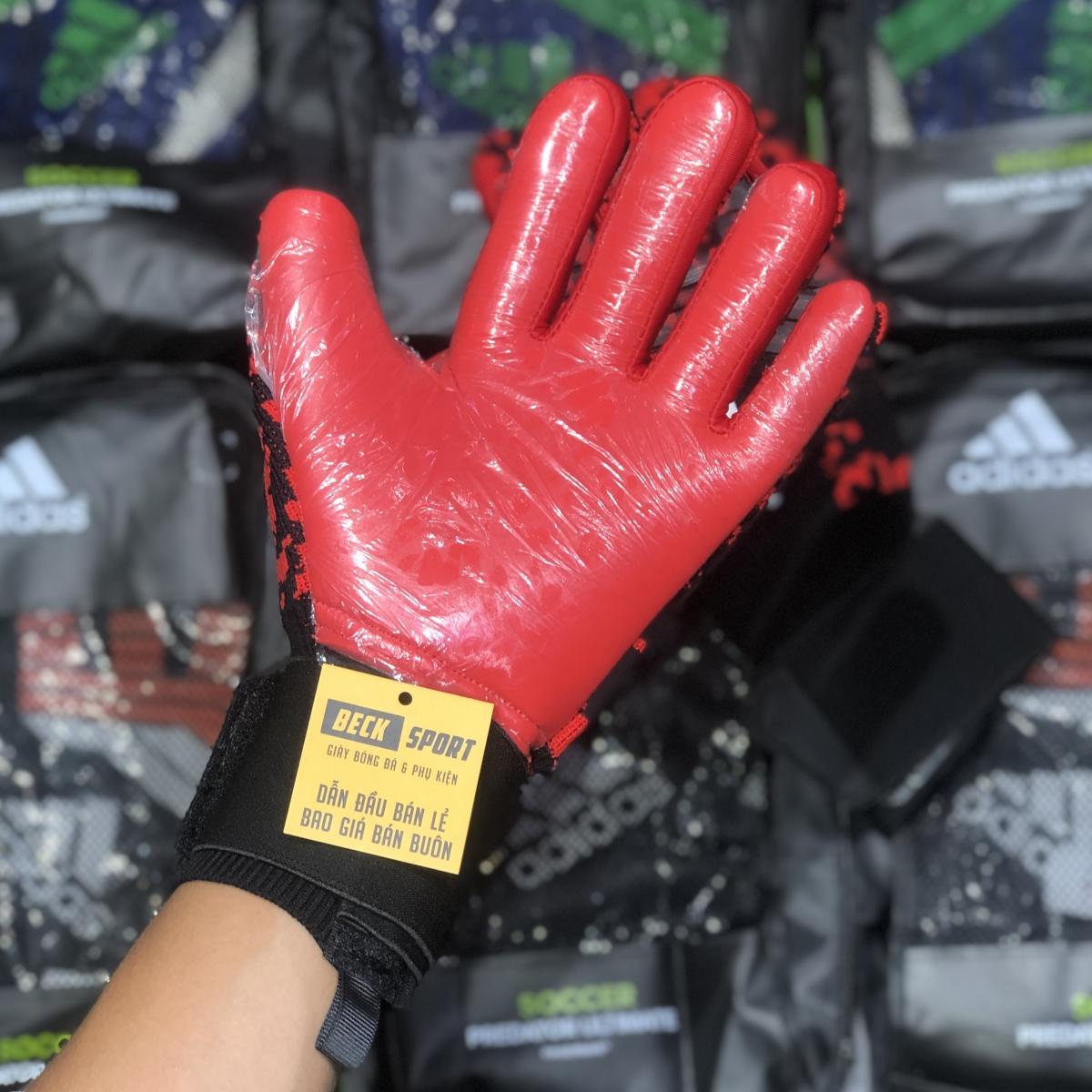 Găng Tay Adidas Predator Pro Đen Đỏ Rằn Ri V2 ( Không Xương )