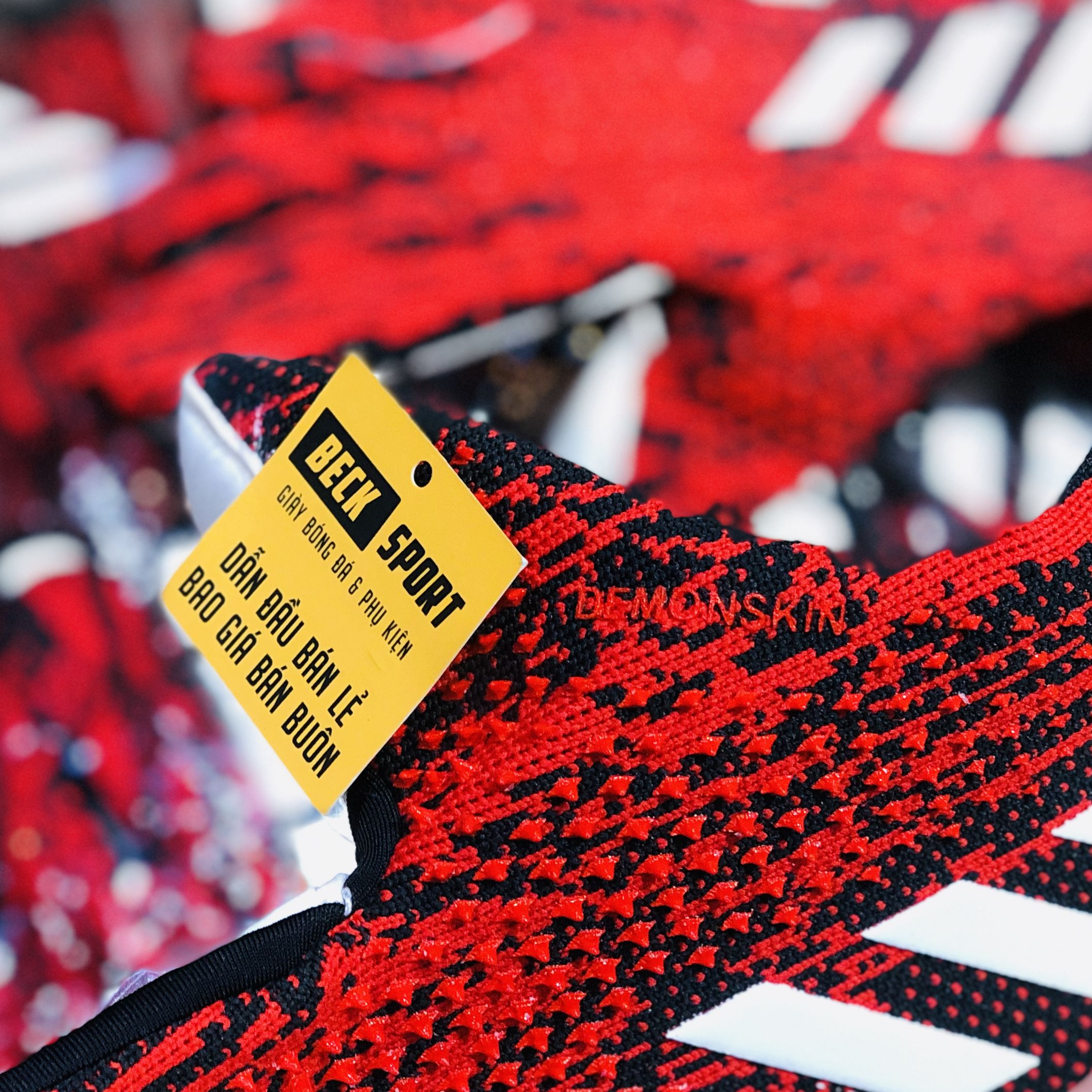Găng Tay Adidas Predator 20 Pro PC Mutator Đen Đỏ Vạch Trắng Loại 1 ( Không Xương )