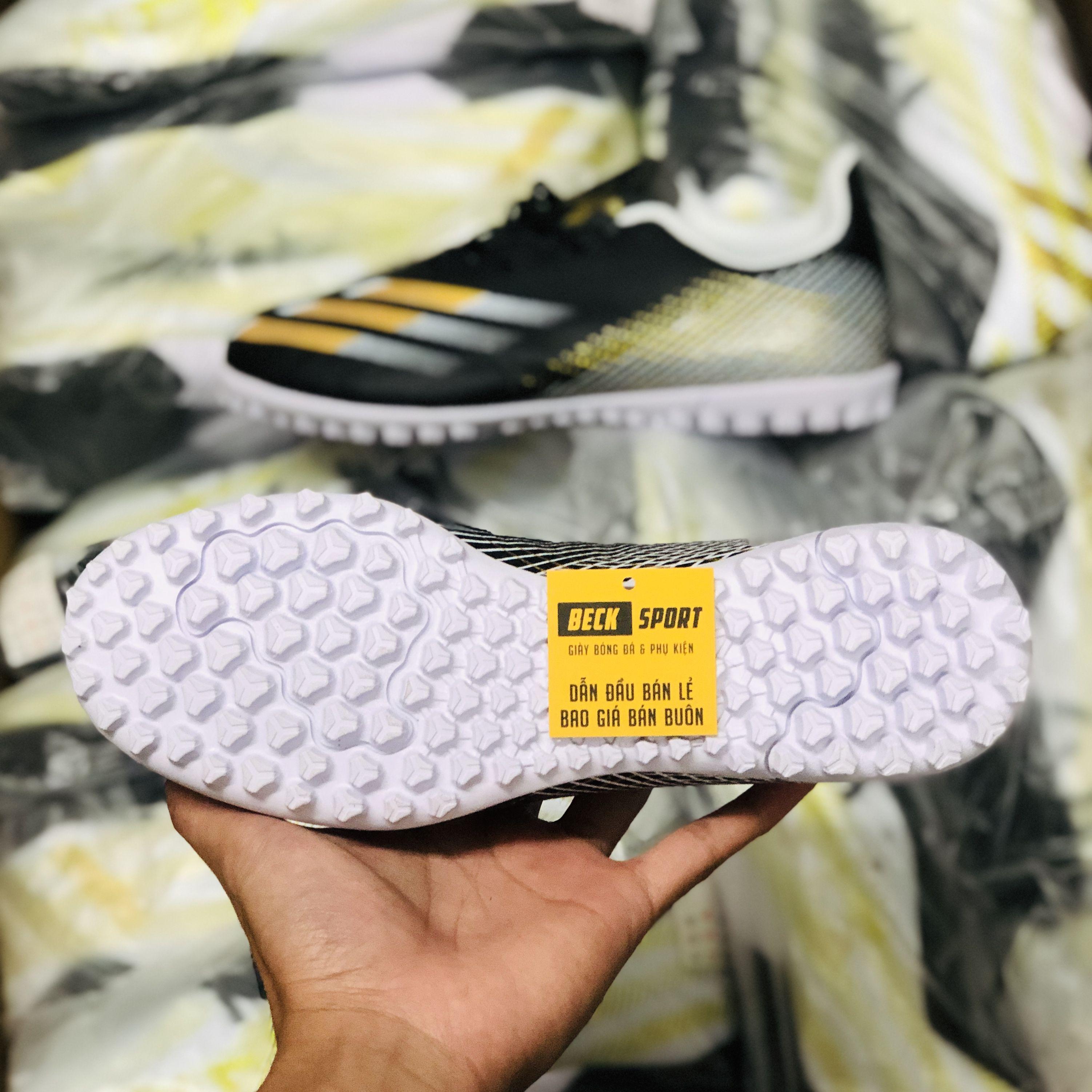 Giày Bóng Đá Adidas X Ghosted.4 Đen Trắng Vạch Vàng TF