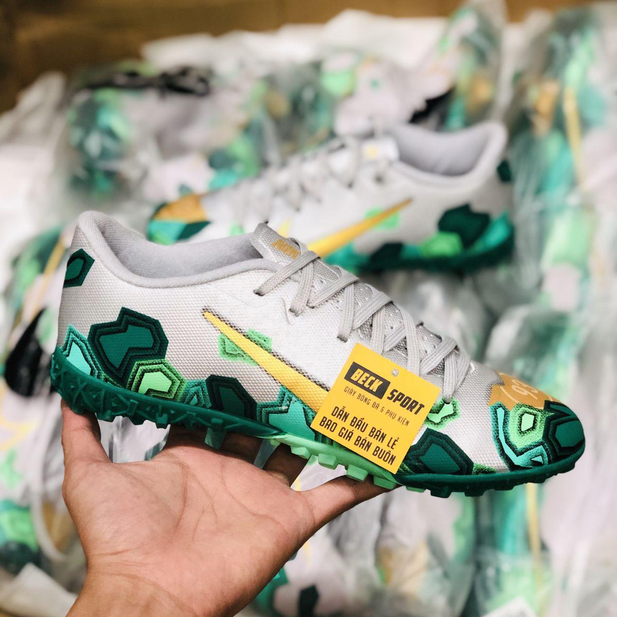 Giày Bóng Đá Nike Mercurial 13 Academy Xám Xanh Lục Vạch Vàng V2 TF