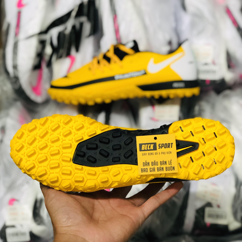 Giày Bóng Đá Nike React Phantom GT Pro Vàng Vạch Đen TF