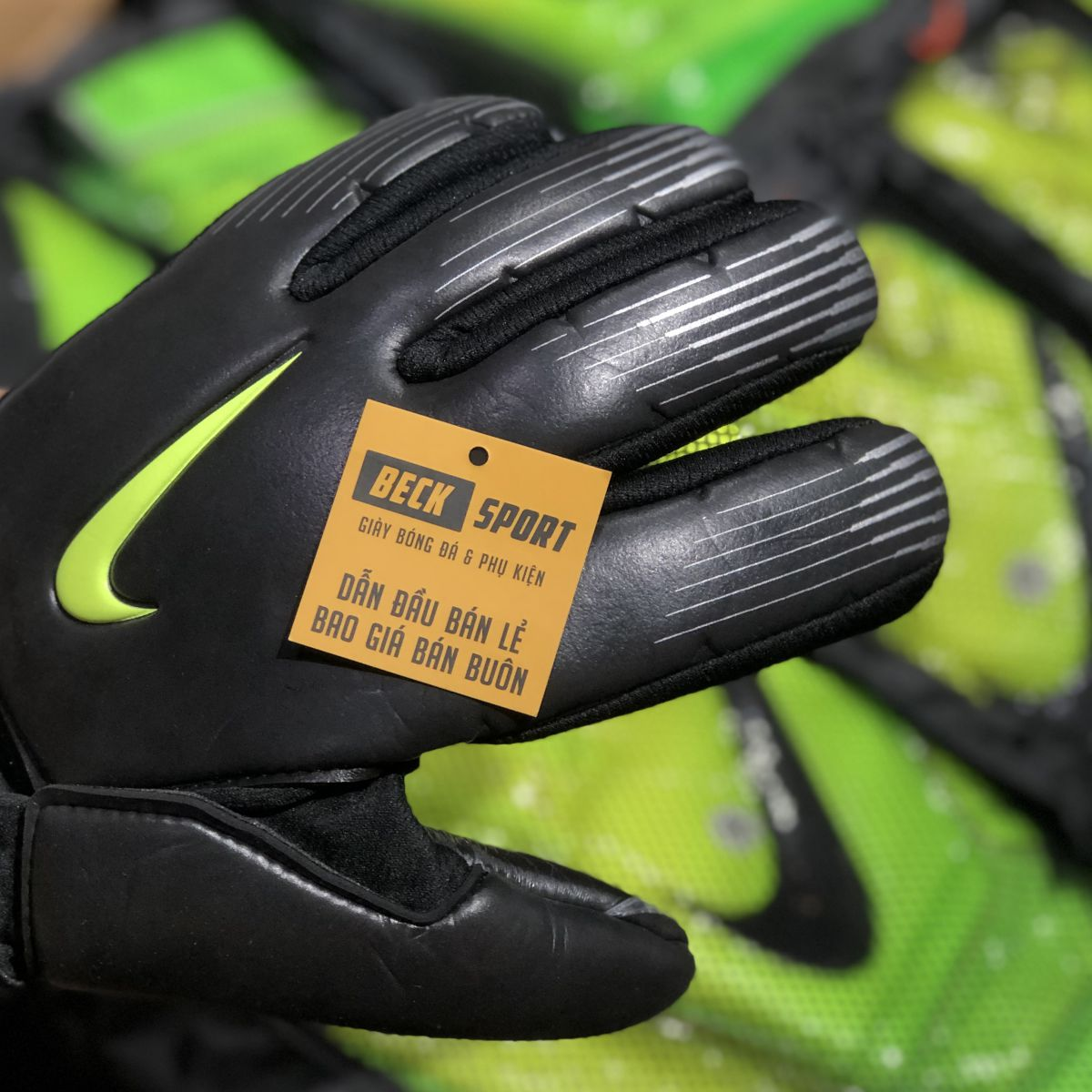 Găng Tay Nike Premier SGT Đen Vạch Chuối ( Không Xương)