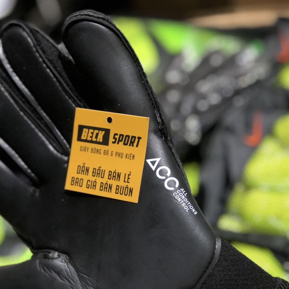 Găng Tay Nike Vapor Grip 3 Đen Tuyền ( Không Xương)