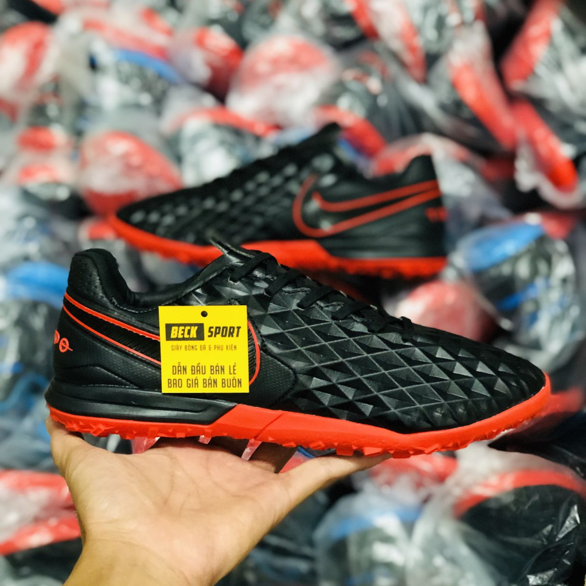 Giày Bóng Đá Nike Tiempo Legend 8 Pro Đen Đế Đỏ V2 TF