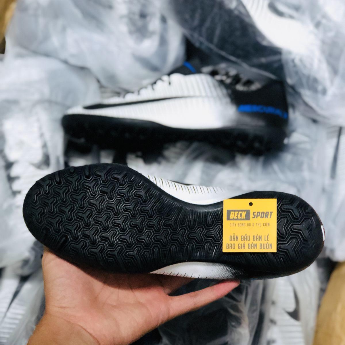 Giày Bóng Đá Nike MercurialX Trắng Vạch Đen Lưỡi Gà Liền TF