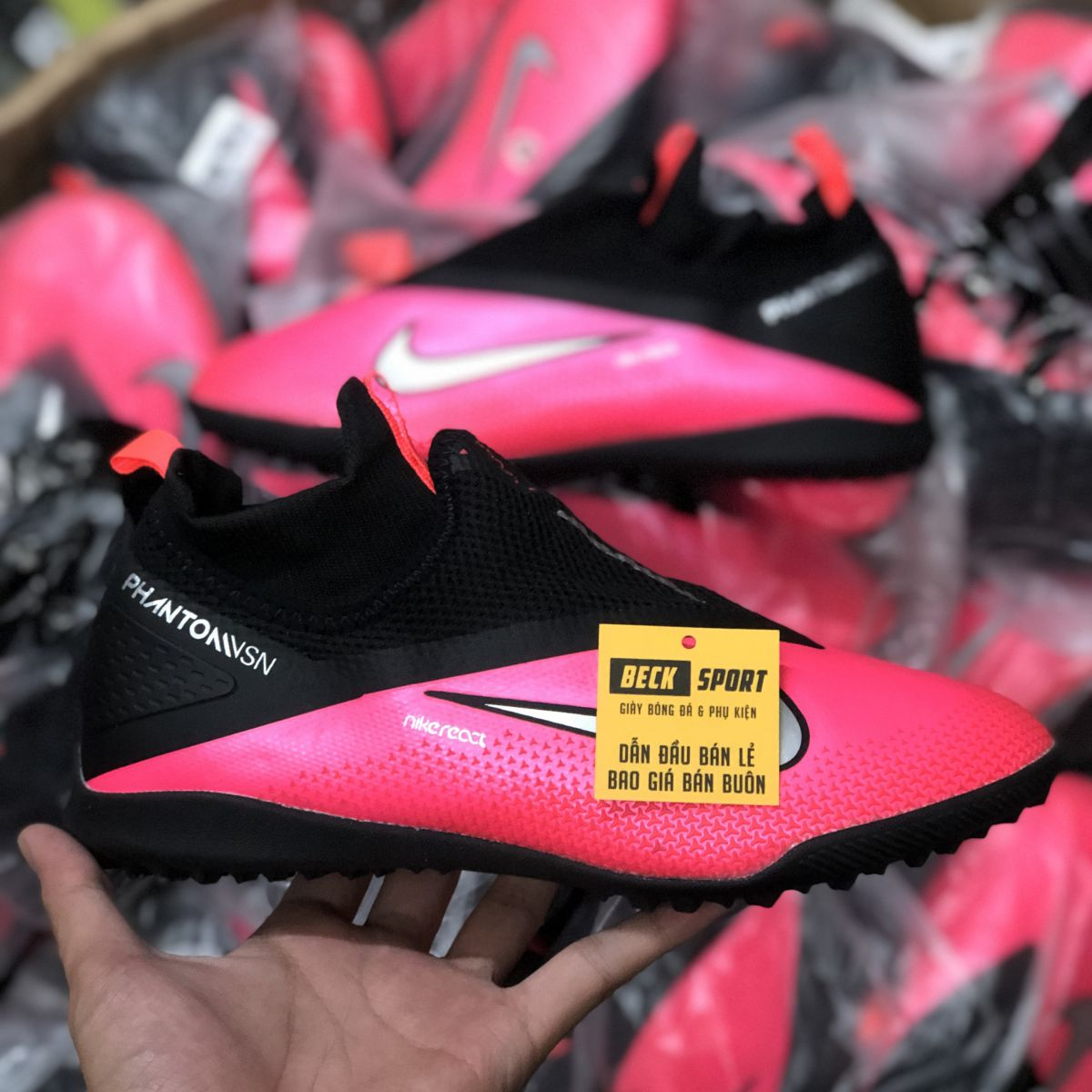 Giày Bóng Đá Nike Phantom VSN II Đỏ Hồng Gót Đen Cổ Cao Giấu Dây TF