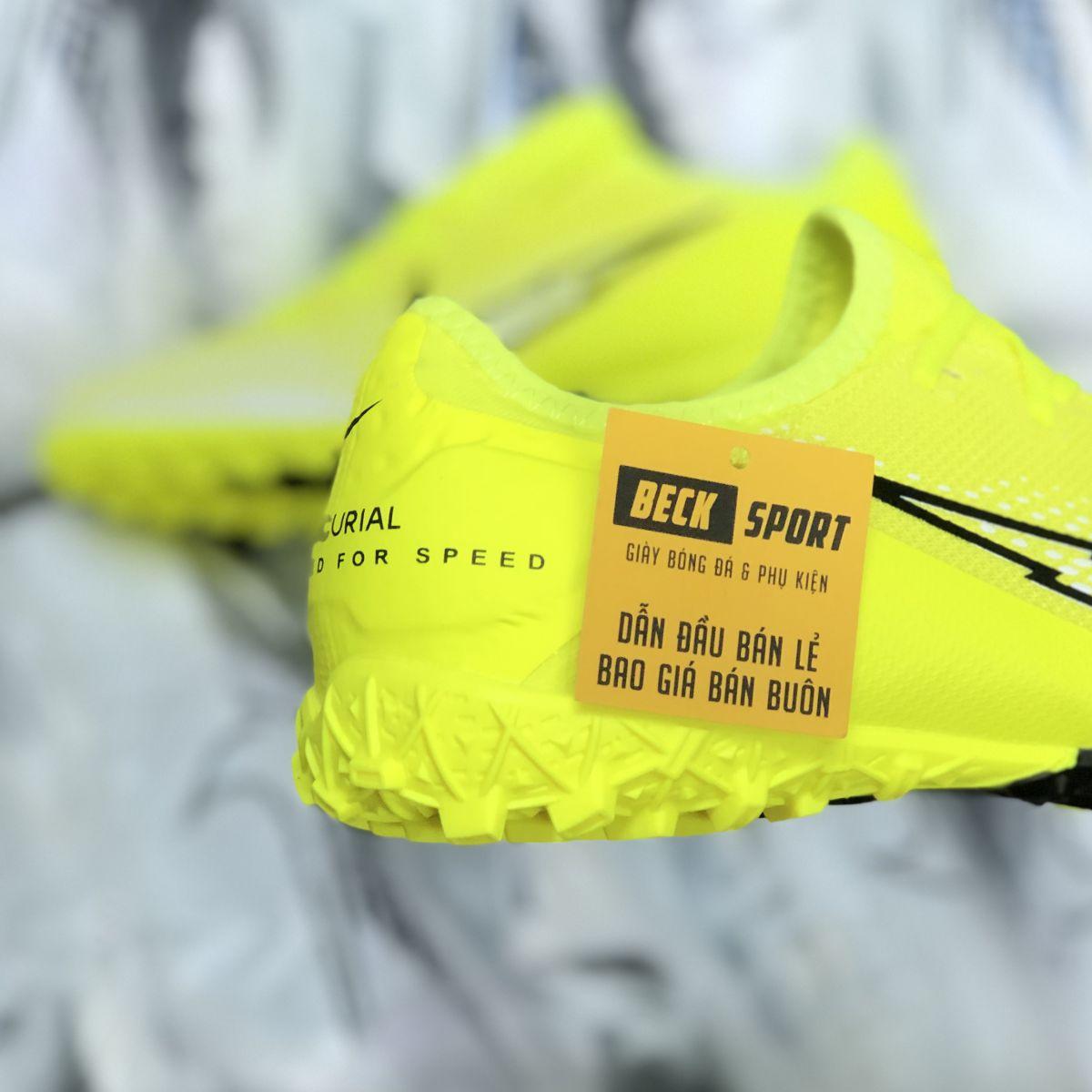 Giày Bóng Đá Nike Mercurial Vapor 13 Pro Vàng Vạch Đen V2 Cổ Lửng TF