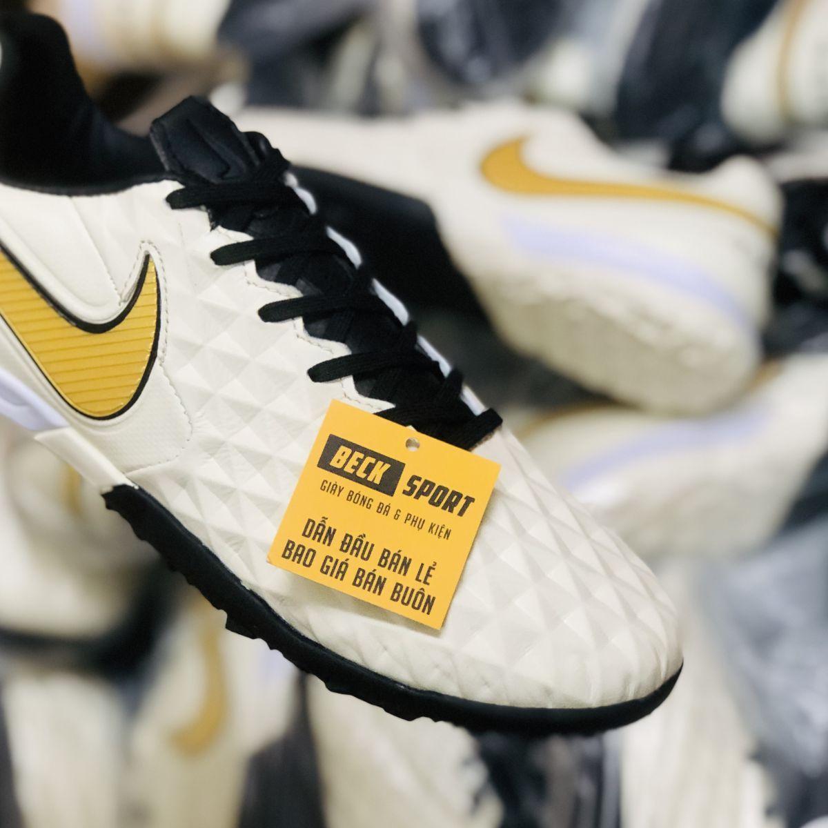 Giày Bóng Đá Nike Tiempo Legend 8 Pro Trắng Ngà Vạch Vàng V2 TF