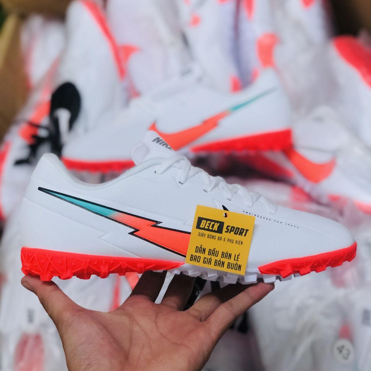 Giày Bóng Đá Nike Mercurial Vapor 13 Academy Olympics Trắng Vạch Hồng V2 TF