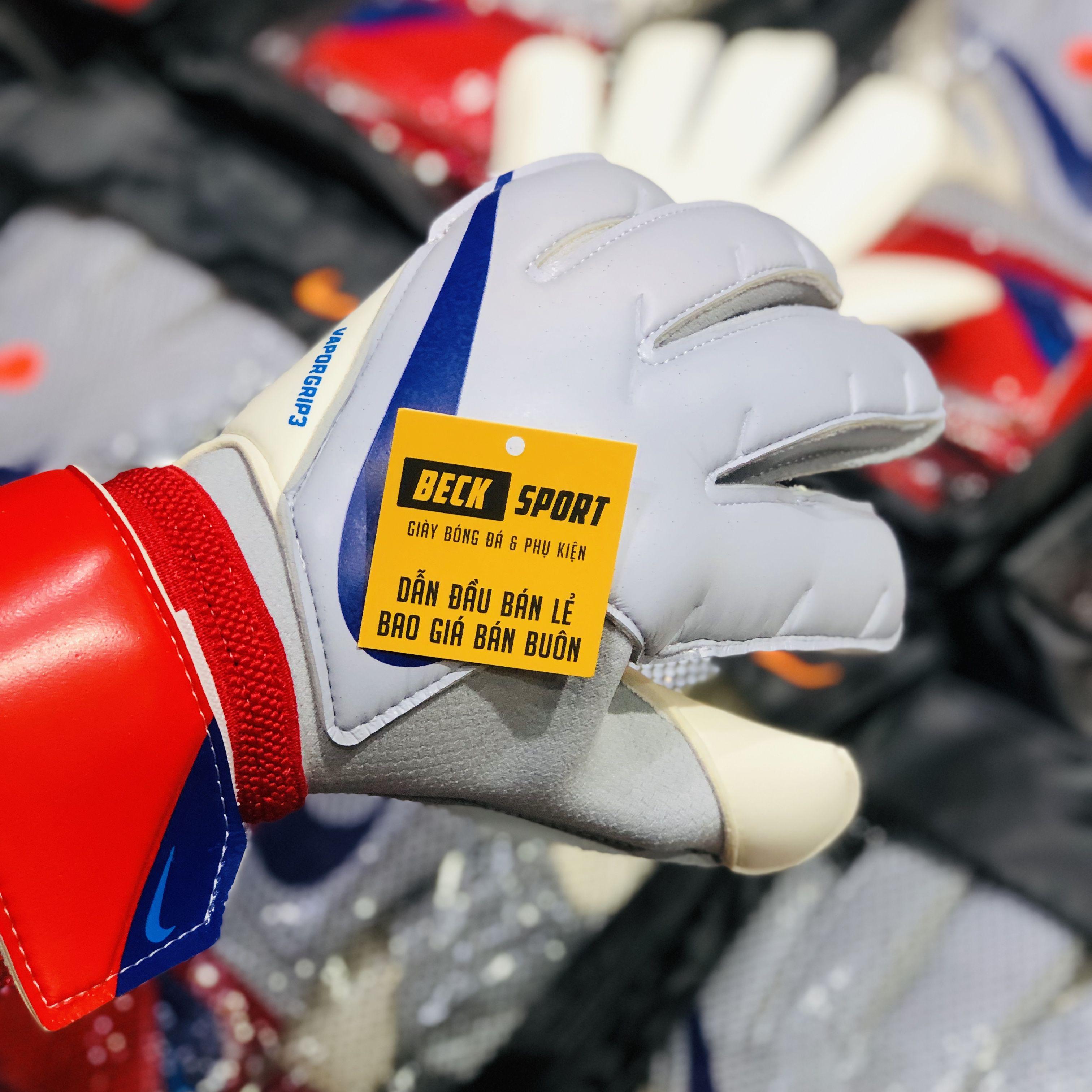 Găng Tay Nike Vapor Grip 3 Xám Đỏ Vạch Xanh Than ( Không Xương )