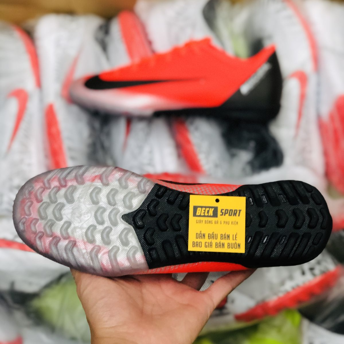 Giày Bóng Đá Nike Mercurial Vapor 6 Academy CR7 Cam Đỏ Gót Đen TF