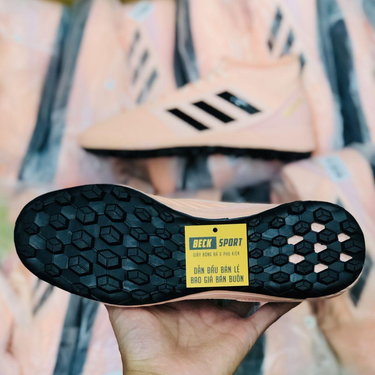 Giày Bóng Đá Adidas Predator 18.3 Hồng Vạch Đen Đế Boost Đen Cao Cổ TF