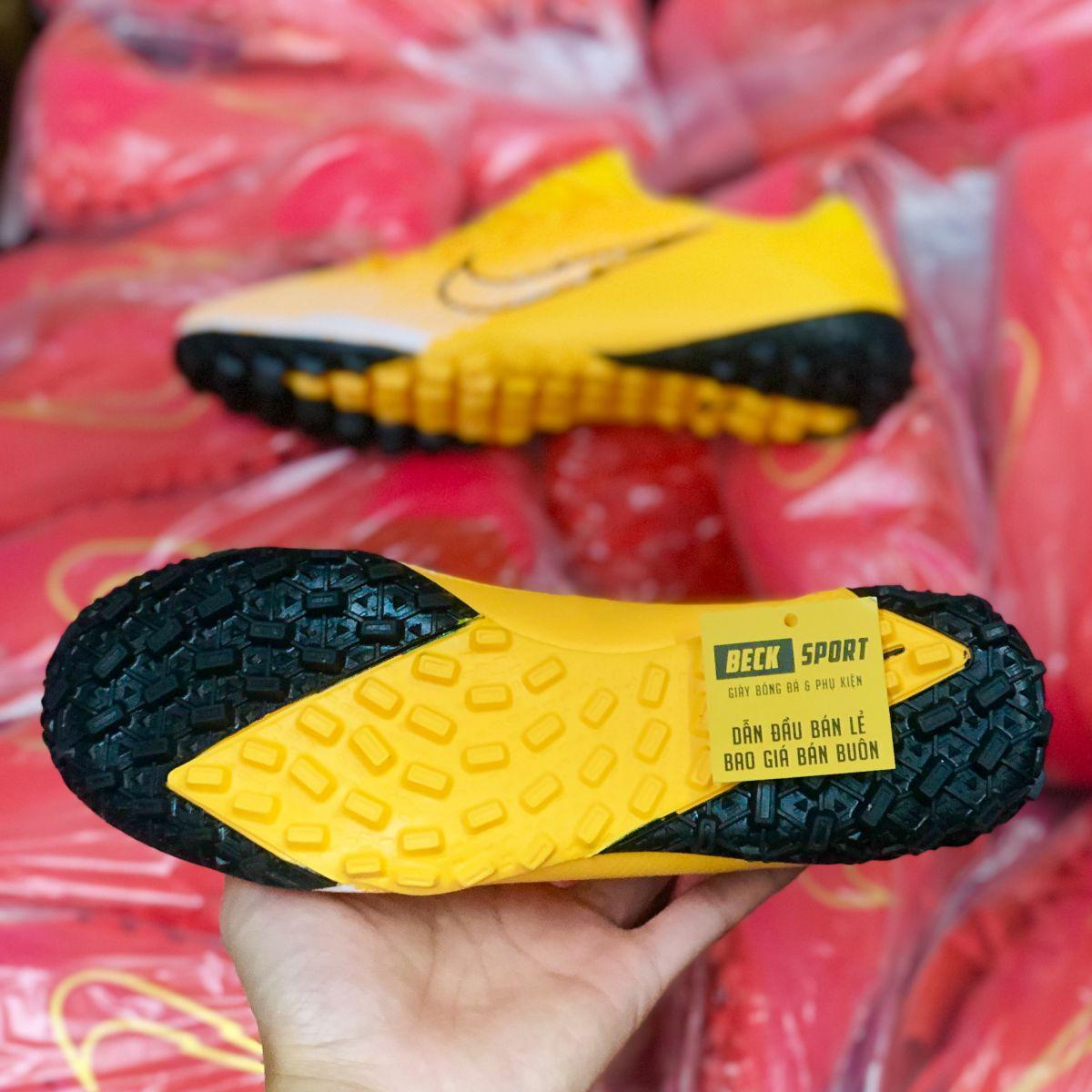 Giày Bóng Đá Nike Mercurial Vapor 13 Pro Cam Vàng Vạch Đen V2 TF