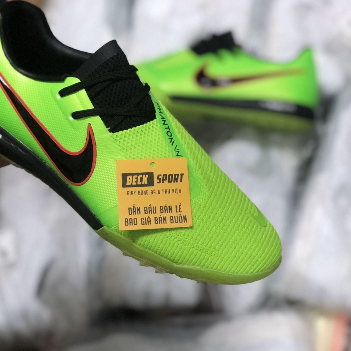 Giày Bóng Đá Nike Zoom Phantom VNM Pro Xanh Lá Vạch Đen Giấu Dây TF