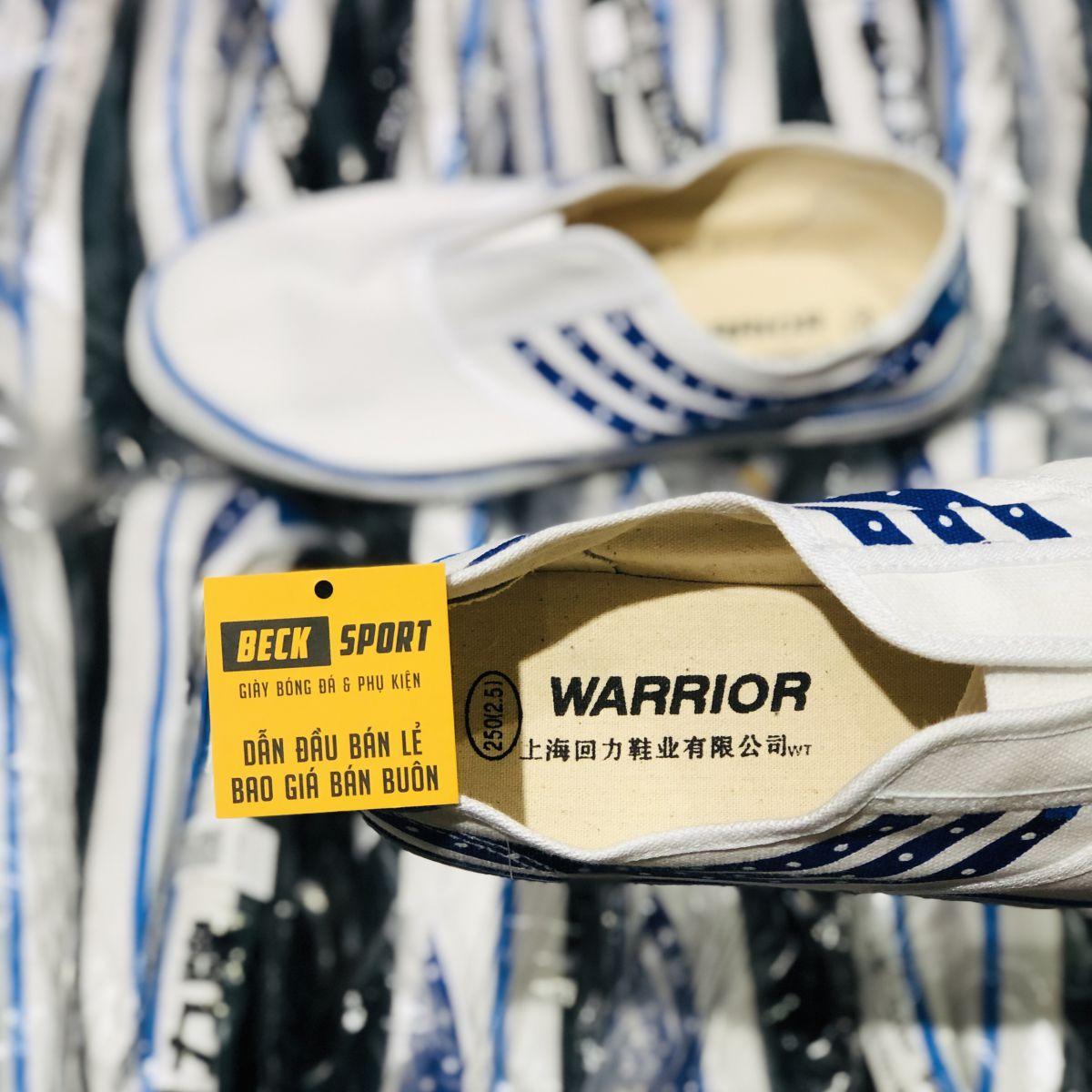 Giày Bata Tàu Warrior WK74 Đế Đen (Không Dây)