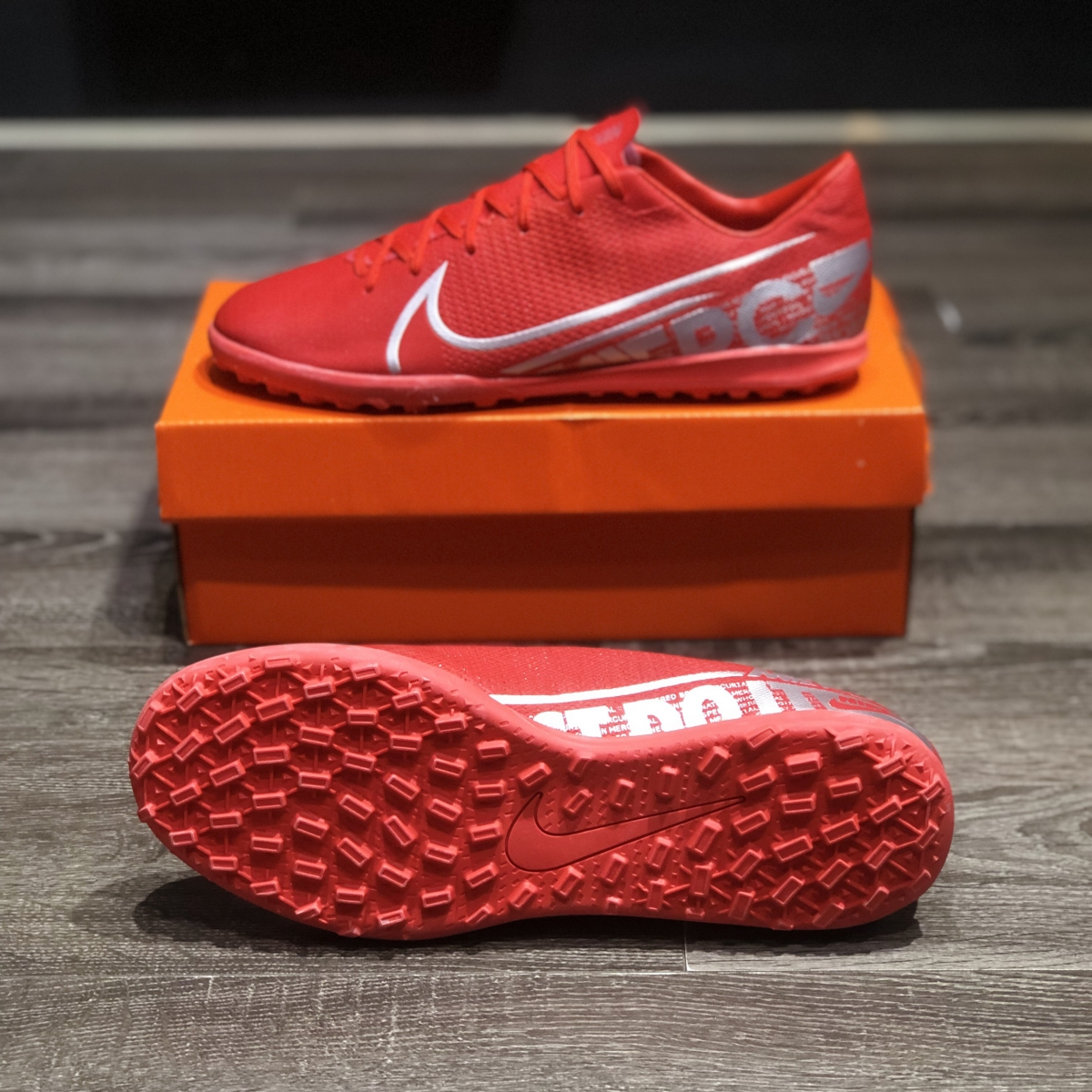 Giày Bóng Đá Nike Mercurial 13 Đỏ Vạch Xám TF