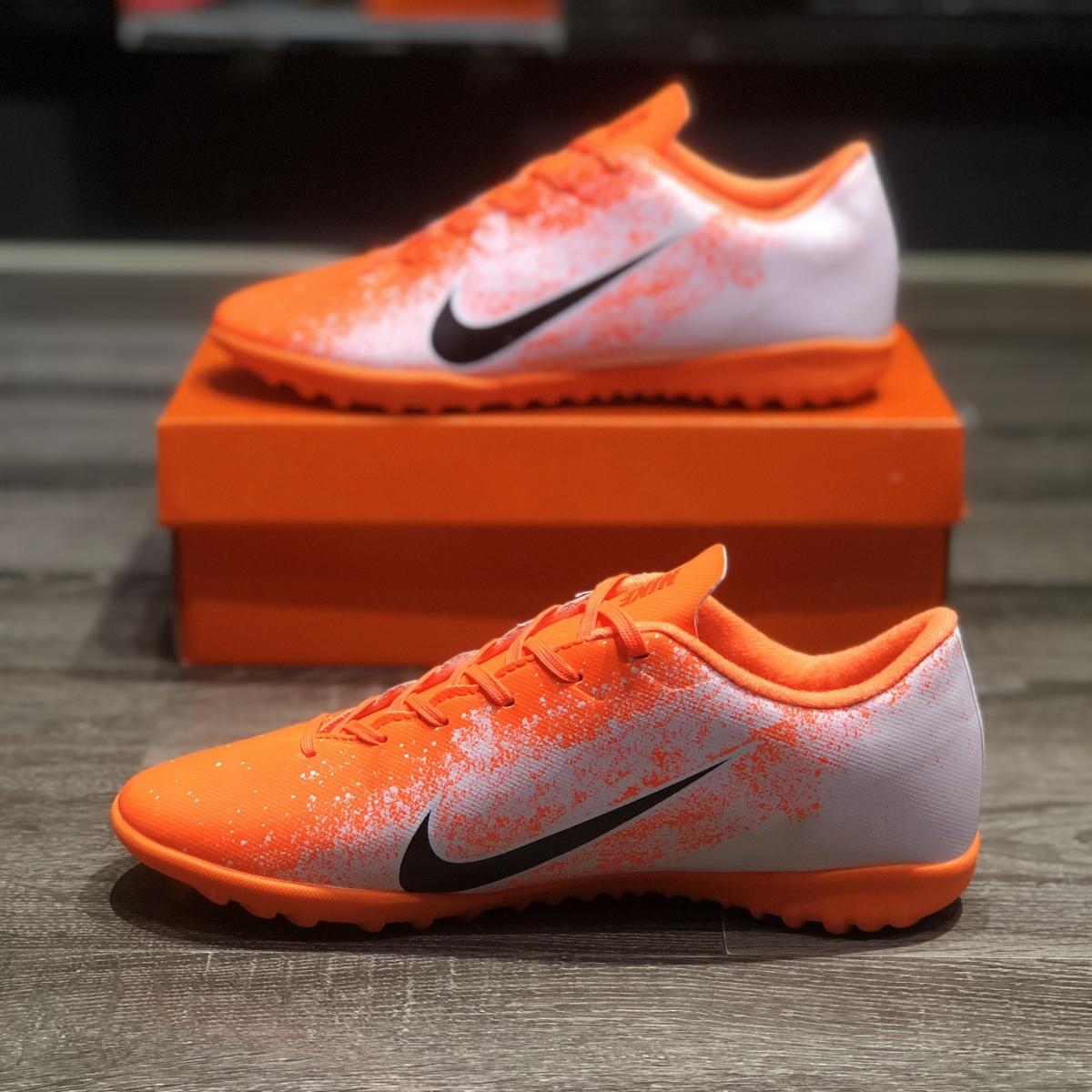 Giày Bóng Đá Nike Mercurial Trắng Cam Đế Cam TF