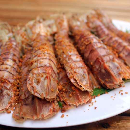 Bề Bề Rang Muối - Stir Fried Mantis Shrimp with Salt and Chilli