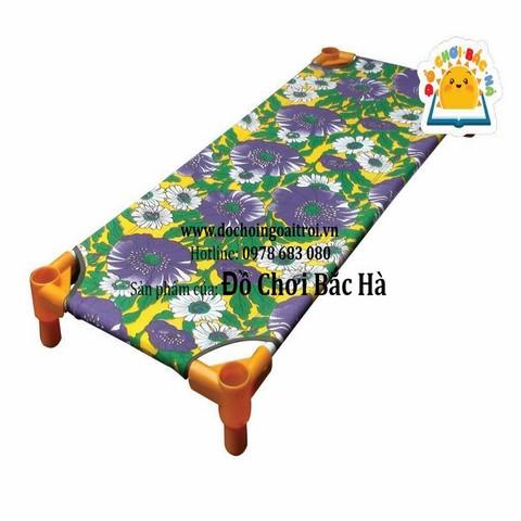 giường bạt hoa mầm non B310