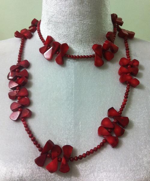 Vòng cổ đá san hô đỏ Y0114