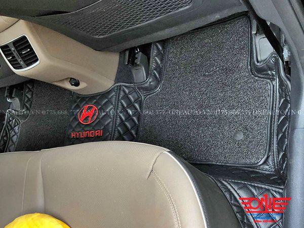 Thảm Lót Sàn Hyundai Tucson 2019 Vuông Đen Chỉ Đen