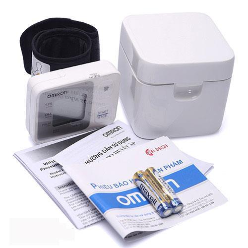 Máy đo huyết áp cổ tay OMRON 6121