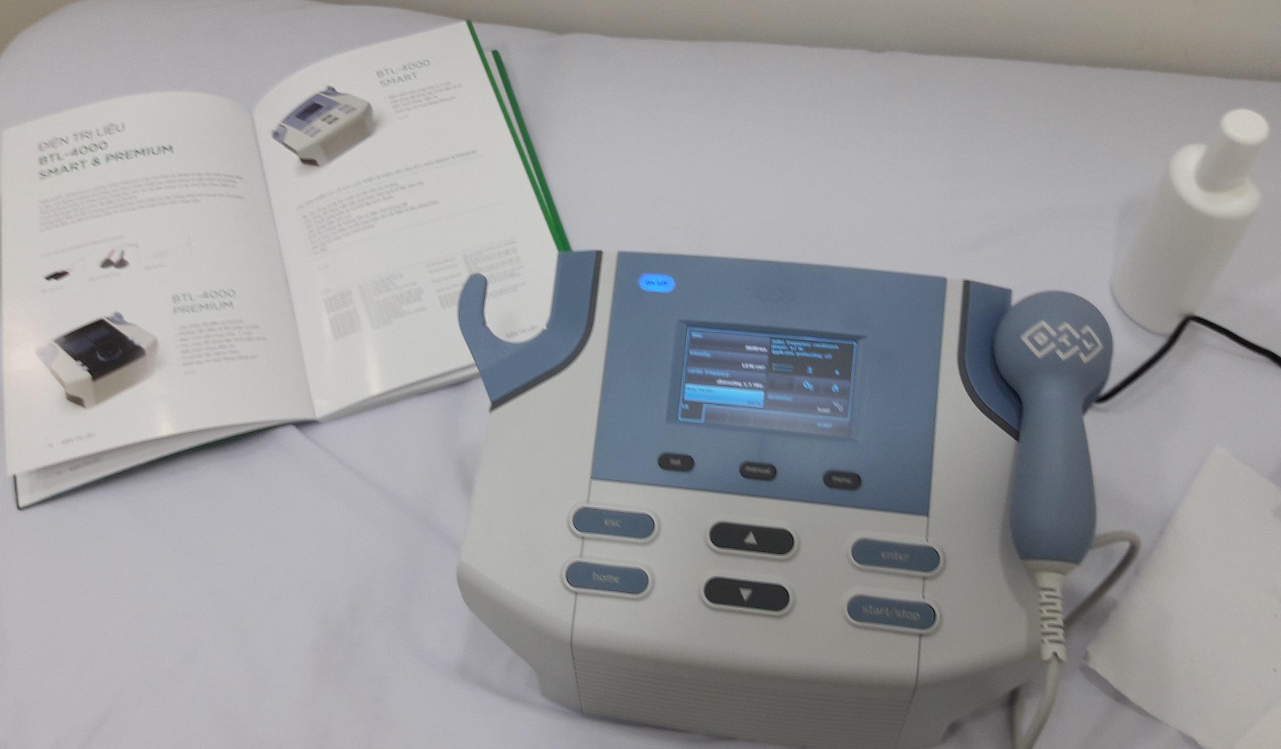 Máy siêu âm trị liệu -BTL- 4710 Smart - Anh Quốc
