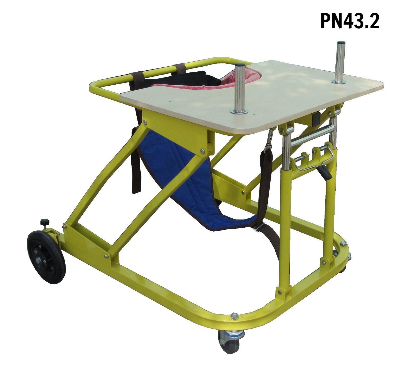 PN43.2 - Khung tập đi trẻ bại não có đai nâng đỡ