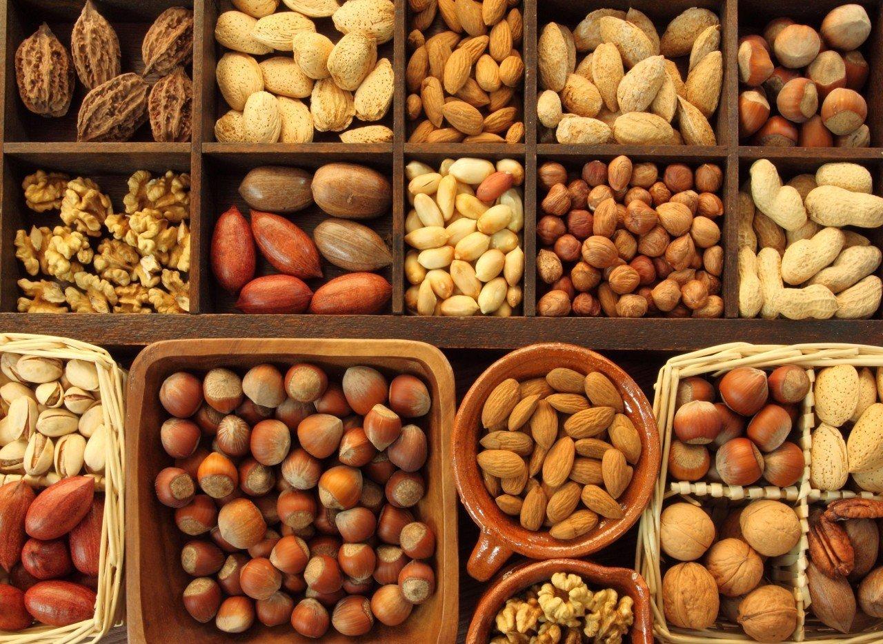 Tại sao bạn nên ăn các loại hạt dinh dưỡng nhiều hơn và sớm hơn?