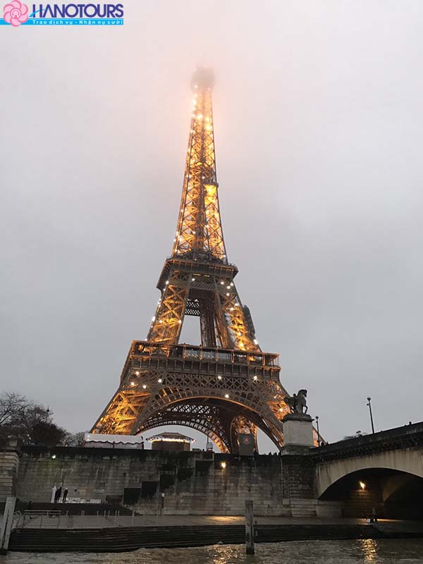 Tháp Effel Châu Âu