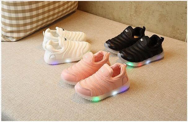 Giày có đèn cho bé 1-4 tuổi