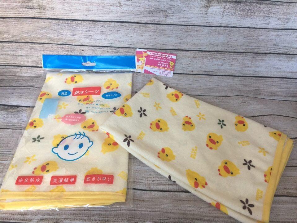 Tấm lót chống thấm xuất Nhật cho bé